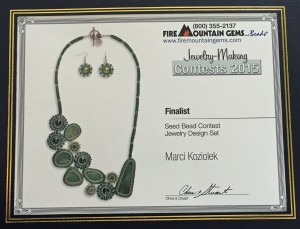 emerald elegance necklace FMG