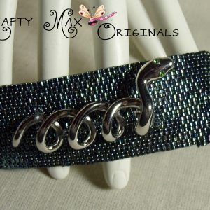 Sneeking Around Like A Snake -Beadwoven Bracelet- Krafty Max Original
