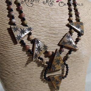 Bone Triangle Detailed and Gemstone Necklace Set