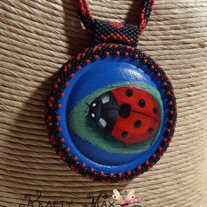 Ladybug Beadwoven Necklace w/Handpainted Cab – Painting from the Heart