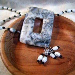 White Crazy Lace Agate OFF CENTER Necklace Set