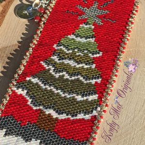 8th Annual Handmade (Beadwoven) Christmas Tree Bracelet