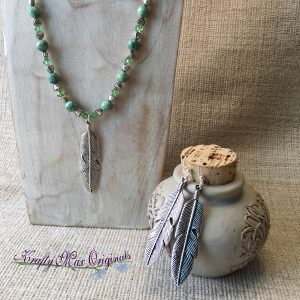 Green and Feathers with Hearts and Crystals Necklace Set