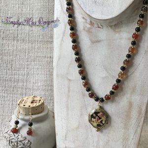 Cloisonne Bird Grandmothers Stash with Black Banded Agate and Black Onyx Gemstones Necklace Set