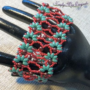 BeadALong 12 – Beadwoven Lacy Fan Bracelet (Teal and Red)