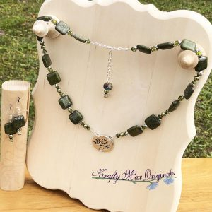 Green Gemstone and Swarovski Crystal Necklace with Tree Set