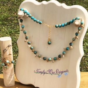 Teal Magnesite and Ivory Vintage Leaves Necklace Set