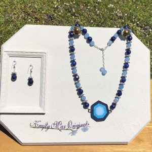 Blue Gemstones and Leather Necklace Set