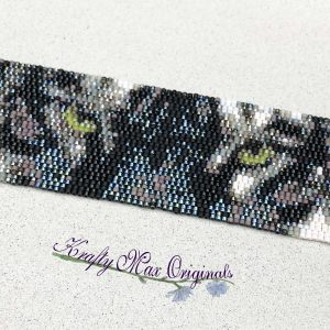 Black and White Tiger with Green Eyes Beadwoven Bracelet
