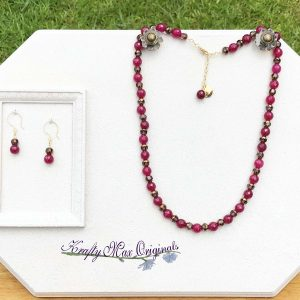 Rosy Pink Gemstones and Cathedral Beads Necklace Set