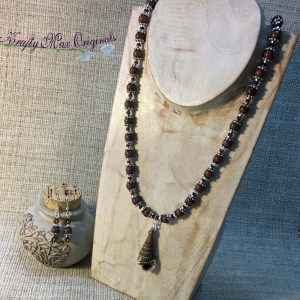 Brown Gemstone and Shell Necklace Set with Swarovski Crystals