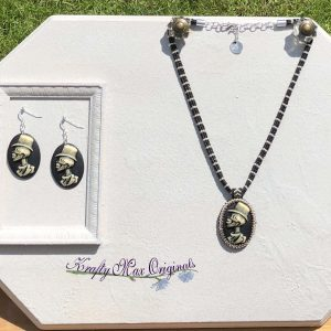 Skull with Top Hat Beadwoven Necklace and Earrings Set