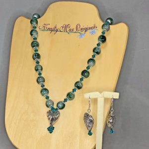 Green/Aqua Gemstones with Swarovski Crystals and Silver Plated Heart Necklace Set