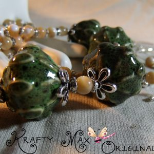 Beautiful Ceramic Greens Necklace Set