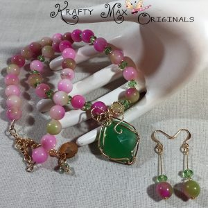 Pink and Green Spring Beauty Necklace Set