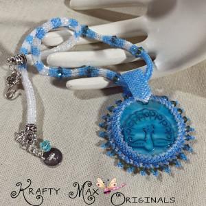 blue peacock bdwn necklace 1
