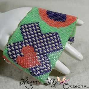 X's and O's Hugs And Kisses for Everyone-Handmade Beadwoven Braclet