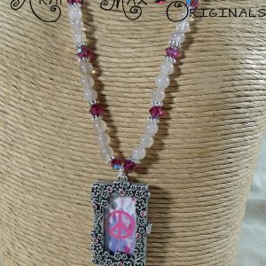 Soft Pink Beautiful Glass Locket Frame Necklace Set