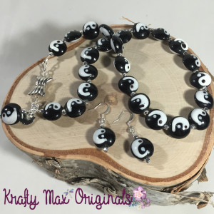 ying yang black and white necklace set 1