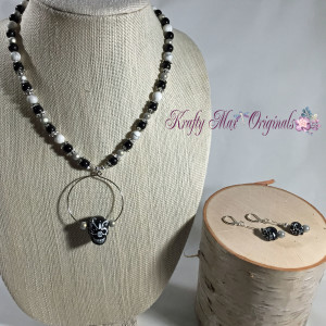 Black and White Sugar Skull necklace set 2