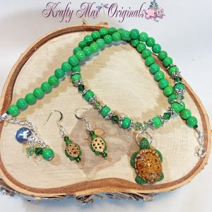 Green Ceramic Turtle Necklace and Earrings Set