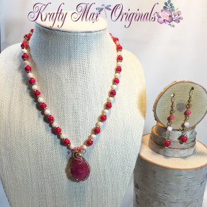 Pink and Gold Wire Wrap Necklace Set 1