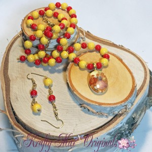 Yellow and Red with Man and Women Cameo Necklace set 1