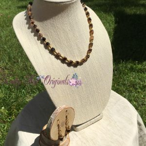 black-agate-fall-with-gold-necklace-set-4