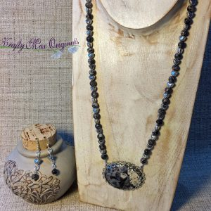 Grey and White Stone Necklace Set with Hearts from Grandmothers Stash