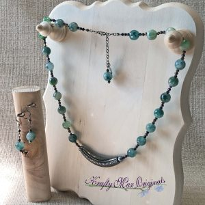 Beautiful Teal Gemstone and Gunmetal Center with Swarovski Crystals and Pearls Necklace Set
