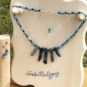 Blue Agate Gemstones and Swarovski Crystals Necklace Set