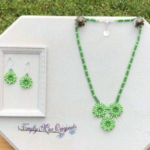 GREEN Beadwoven Triple Stars Necklace