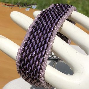Light and Dark Soft Mauve (Purple) Beadwoven Bracelet