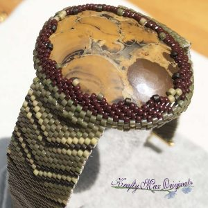 Olive Green Beadwoven Bracelet with Eagle Eye Agate Cabochon