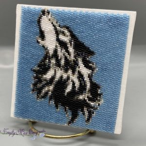 Howling Wolf 4×4 Beadwoven Art – Sample for February 2020 Kit