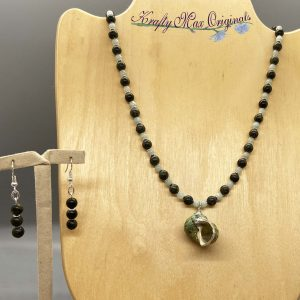 Vintage Green Shell and Gemstone Necklace Set from Grandmothers Stash